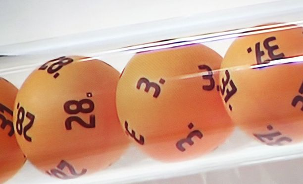 Loton kierroksella 52/2017 löytyi yksi seitsemän oikein -tulos.