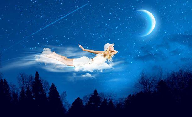 Unimaailma on kiehtova, mikä ikinä sen tarkoitus tai syy onkaan.