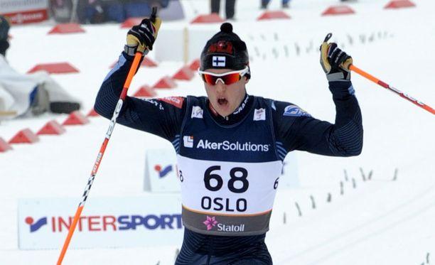 Matti Heikkinen juhli maailmanmestaruutta kuusi vuotta sitten Oslossa.