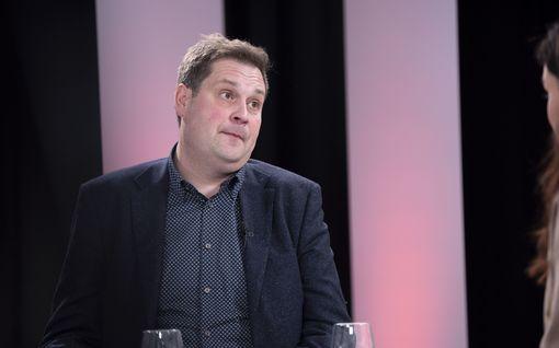 Sensuroimaton Päivärinta: Jethro Rostedt kaahasi veneellä 20 000 euron sakot