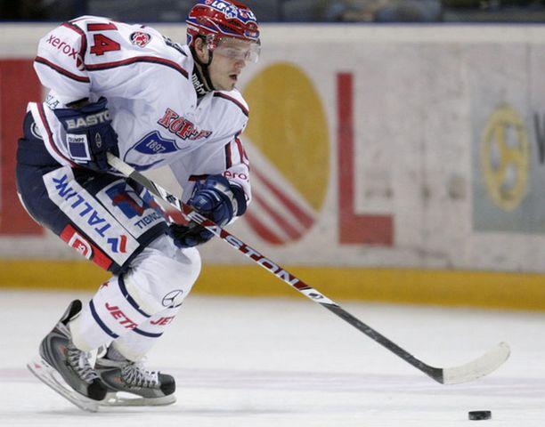Mikko Turunen on pelannut viimeiset kuusi vuotta SM-liigaa HIFK:n paidassa.