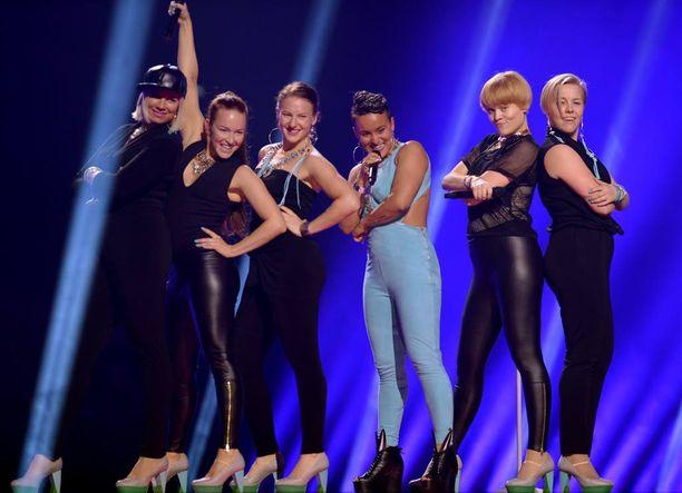 Sandhja ei päässyt Euroviisujen finaaliin saakka.
