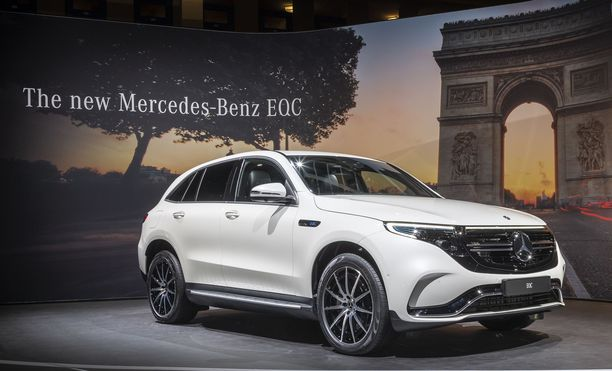 Mercedes-Bensin ensimmäinen alusta lähtien sähköautoksi rakennettu automalli on EQC.