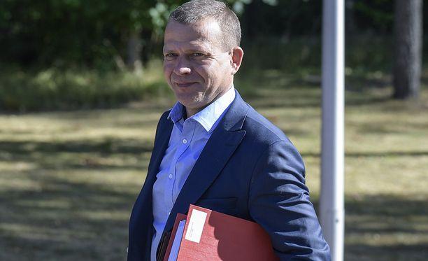Valtiovarainministeriön johtavat virkamiehet kokoontuvat tiistaista alkaen sorvaamaan valtiovarainministeri Petteri Orpon johdolla ensi vuoden budjettiesitystä.