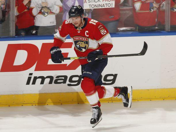 Florida Panthersin kapteeni Aleksander Barkov tekit tehot 1+1 San Jose Sharksia vastaan.