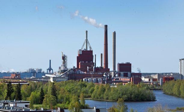 Nuottasaaren teollisuusalueella sijaitsee muun muassa Stora Enson paperi- ja sellutehdas.
