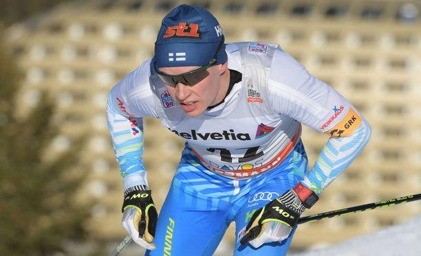 Matti Heikkinen oli paras suomalainen perinteisen hiihtotavan 10 kilometrin yhteislähtökilpailussa.
