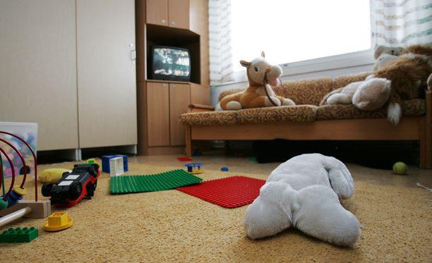 Perheen lapset otettiin tutkinnan ajaksi huostaan. Kuvituskuva lasten turvakodista.