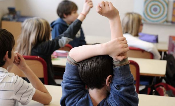 Kiusaamiseen puuttuva oppilas luottaa itseensä ja on luokkansa keskuudessa pidetty.