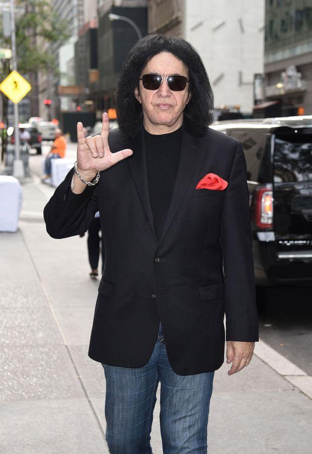 Kun Gene Simmons kuuli Lordin levyn myyneen platinaa, hän alkoi kutsua bändiä My Boysiksi.