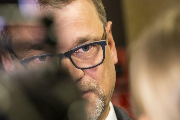 Juha Sipilä toivoo suomalaisilta malttia ja yhtenäisyyttä tapauksen edessä. Uhrit ansaitsevat tuen, hän sanoi Oulussa.