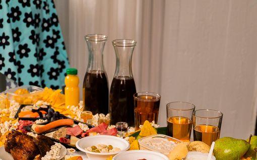 Kuva julki: Nämä kaikki herkut Henna Kalinainen syö viikon aikana Olet mitä syöt -sarjassa