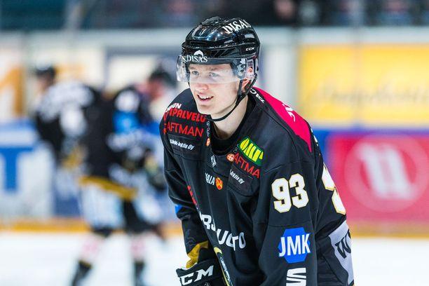 Kristian Vesalainen oli ottavana osapuolena SM-liigassa alkuviikosta puhuttaneessa tilanteessa.