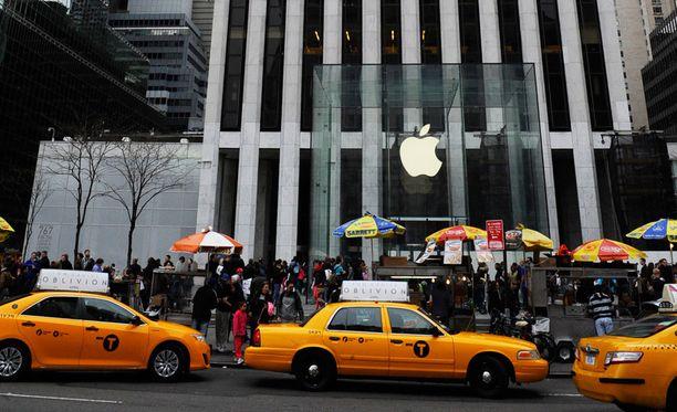 Apple on maksanut todella matalaa veroa Euroopassa tekemästä voitostaan. Kuva Applen pääkonttorilta New Yorkista.