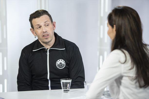 Timo Lavikainen on tälläkin kaudella mukana Putouksessa.