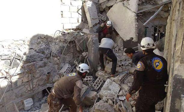 YK:n lastenjärjestö Unicefin mukaan 22 lasta ja kuusi opettajaa sai surmansa ilmaiskuissa Idlibin maakunnassa.