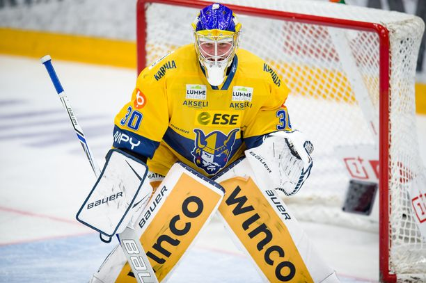 Sami Rajaniemi piti Jukureita lähes yksin pystyssä avauserässä.