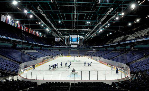 Venäjä-pakotteet ovat pitäneet osan Hartwall Arenan aitioista tyhjillään, kertoo Taloussanomat. Arkistokuva.