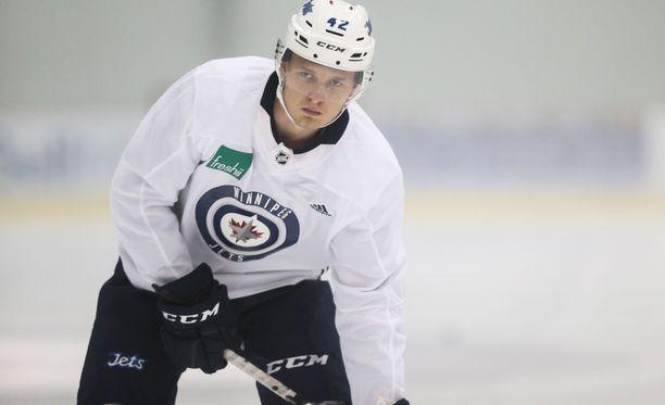 Winnipeg Jets kutsui Kristian Vesalaisen AHL:stä NHL-ryhmän vahvuuteen harjoittelemaan.