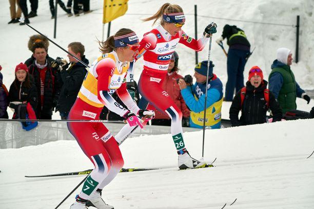 Therese Johaug päihitti sunnuntaina Ingvild Flugstad Östbergin.