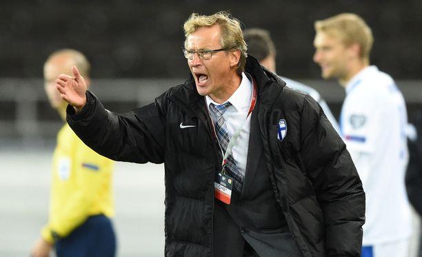 Markku Kanerva pelasi Suomessa vain yhden kauden jossakin muualla kuin Klubissa. Missä?