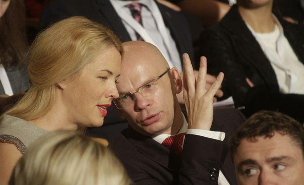 Allar Jõks ilmoitti luopuvansa presidenttiehdokkuudestaan epäonnistuneen valinnan jälkeen.