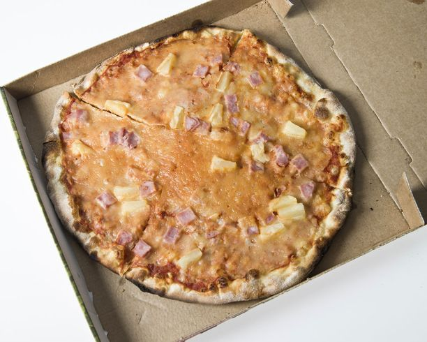 Epäilyttävän halvat pizzat herättivät paljon keskustelua vuonna 2015, kun poliisi nosti ne harmaan talouden vastaisen kampanjansa esimerkiksi.