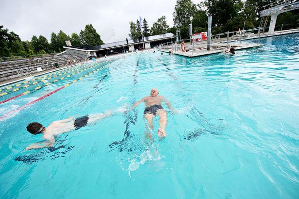 Kumpulan maauimala palvelee uimareita kesäisin.