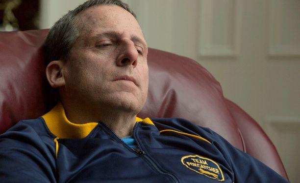 Foxcatcher-elokuvassa John du Pontia esittää Steve Carell (kuvassa).