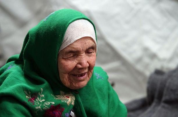 Bibihal Uzbeki, 106, ei pystynyt kävelemään itse koko matkaan Afganistanista Ruotsiin.
