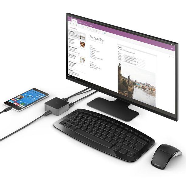 Display Dock -telakan avulla kännykästä saa kätevästi kotimikron.
