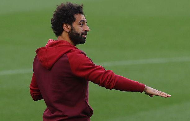 Mohamed Salah otti tuntumaa Camp Noun nurmeen tiistaina.