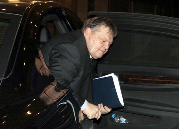 Kreikan valtionvarainministeri saapui tapaaman troikan jäsenia Ateenassa.