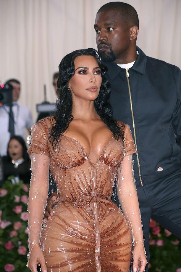 Kim Kardashian ja Kanye West ovat neljän lapsen vanhempia.