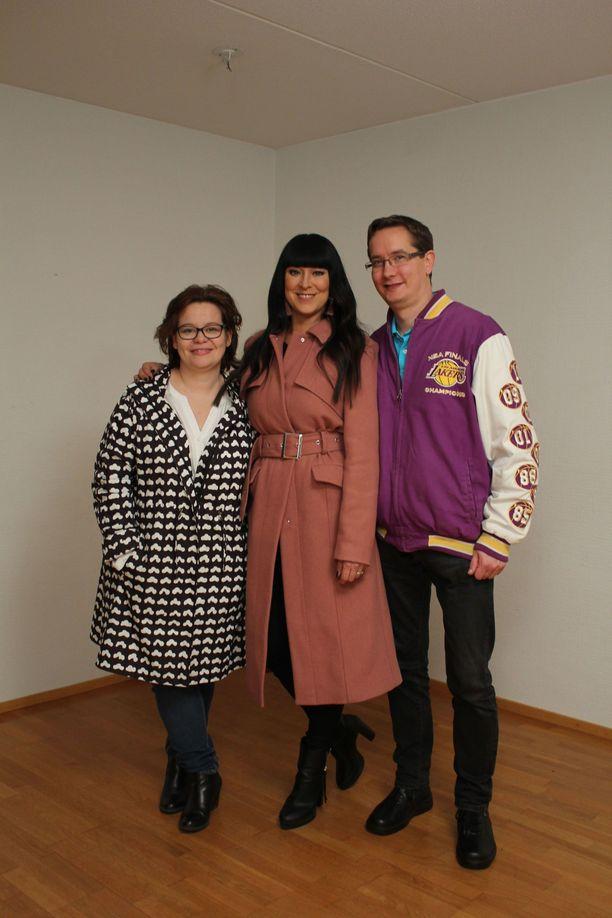 Ohjelman juontaa Ellen Jokikunnas. Maija ja Tero olivat lopulta iloisia uudesta kodistaan.