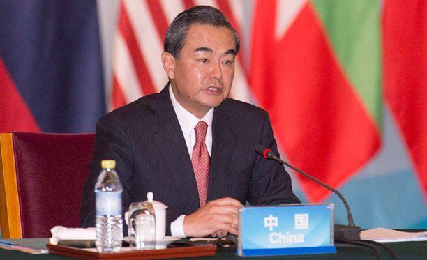 Wang Yi ei näe sotatoimien olevan ratkaisu Syyrian tapauksessa.