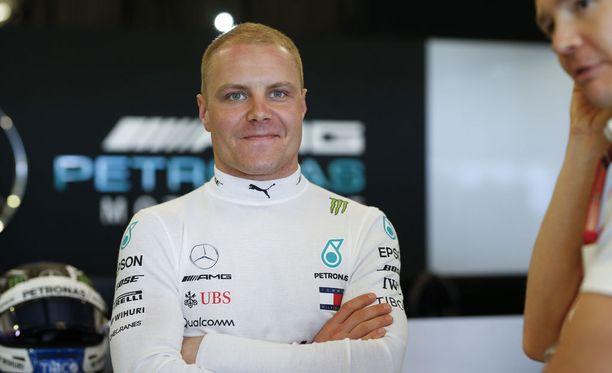 Valtteri Bottas on ollut uuden kauden alla itselleen tyypillisen tapaan tyyni, Jacques Villeneuven mukaan liian tyyni.