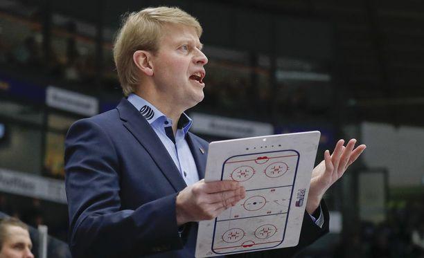 Jukka Rautakorven mukaan Tappara joutuu pelaamaan odotusarvojääkiekkoa.
