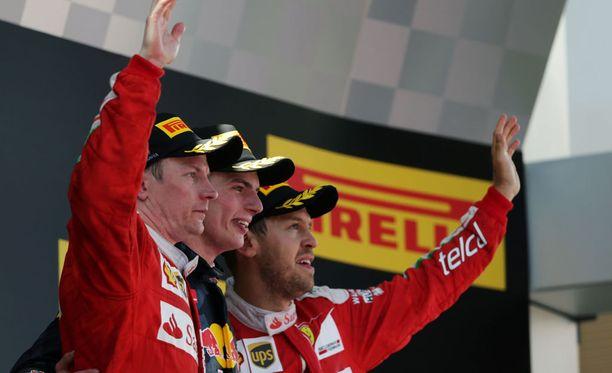 Kimi Räikkönen, Max Verstappen ja Sebastian Vettel muodostivat Espanjan GP:n kärkikolmikon. Verstappenista tuli kaikkien aikojen nuorin F1-voittaja.