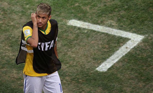 Pelin edetessä Neymarin ilme muuttui vakavammaksi.