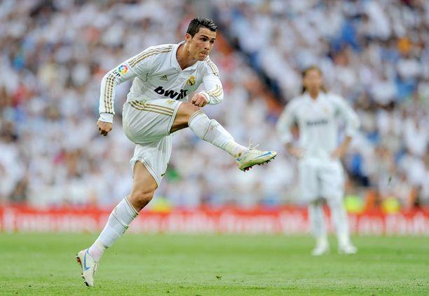 Cristiano Ronaldo kuittasi La Ligan mestaruuden Real Madridin kanssa.