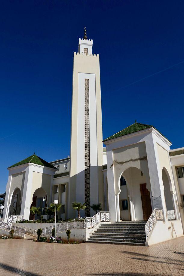Marokkolaisessa imaamikoulussa opiskellaan islamin lisäksi muun muassa televisiotyötä.