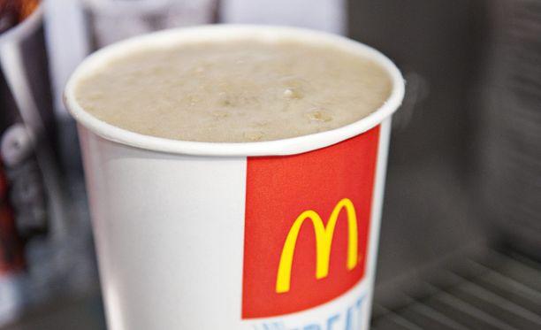 Poliiseja paennut mies aiheutti kolarisuman McDonaldsin autokaistalla Keravalla.