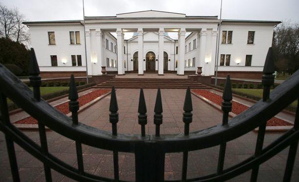 Jouluaattona osapuolet neuvottelivat Valko-Venäjän presidentin asunnolla Minskissä.