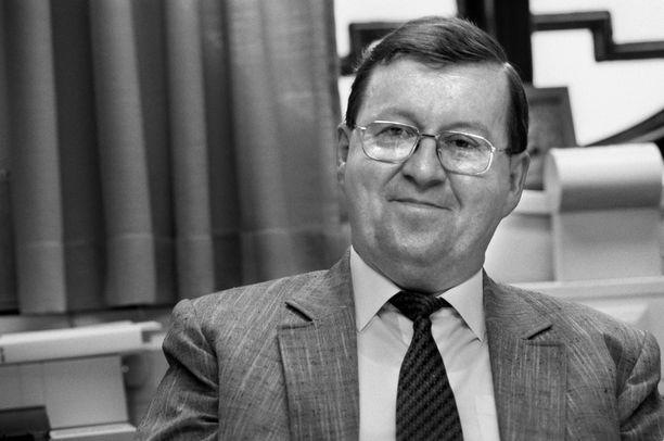 Pertti Paasio kuvattuna vuonna 1996.