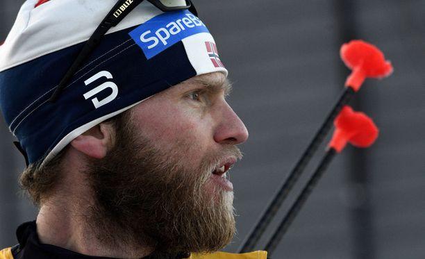 Martin Johnsrud Sundbyn pitää maksaa dopingkäryn takia voittorahansa takaisin.