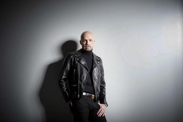 Juha Tapio kertoo musiikkitaipaleellaan tekemistään virheistä.