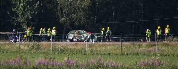 Valtatie 15 jouduttiin sulkemaan kokonaan onnettomuuden takia.