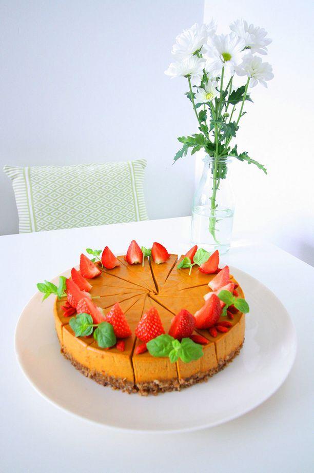 Tyrnikakku - Anna panostaa kakkujen maun lisäksi myös kauniiseen ulkonäköön.