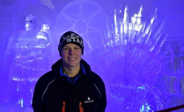 Janne Pasma on Game of Thronesin fani ja sai idean maailman toteuttamisesta lumikylään.